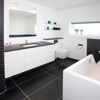 Istandsat badeværelse